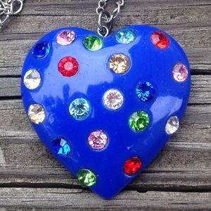 Shell Carved Heart Pendant Dangle Charms Necklace